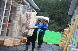 Futon_Onagawa_20110922 (46).jpg